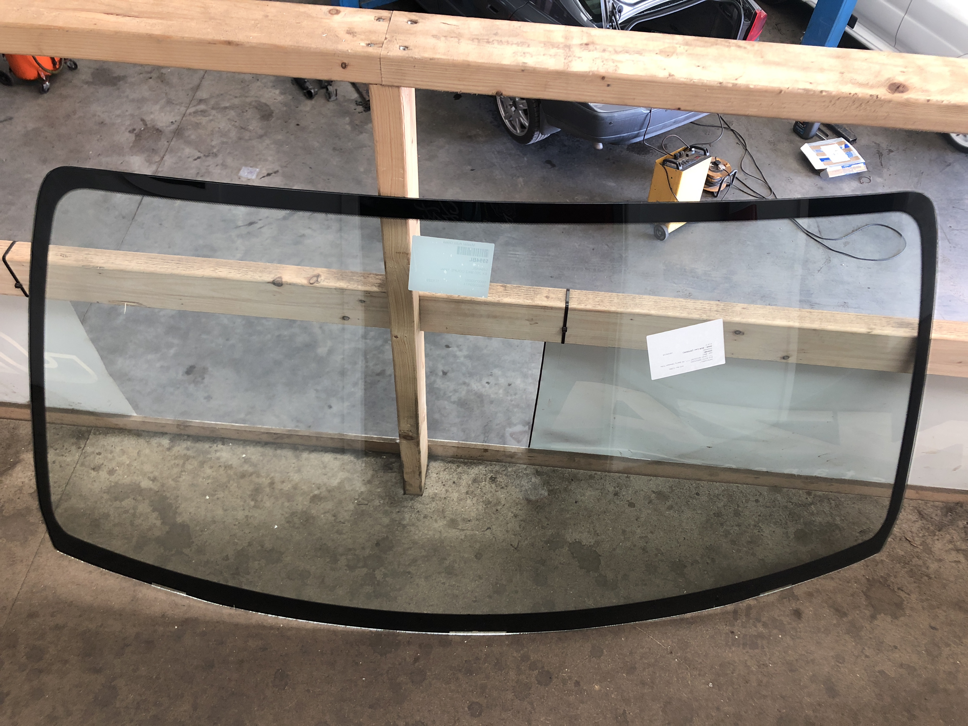 best prices reliable quality super specials Nissan 200SX S14 Windscreen - COLLECTION ONLY